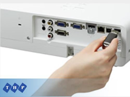 Máy chiếu Panasonic PT-LB330 USB