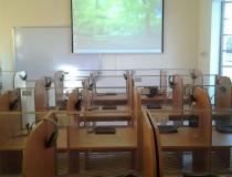 Phòng học ngoại ngữ HL-5160 - tanhoaphatcorp.vn